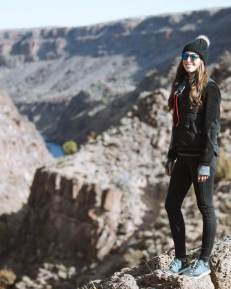 activewear for winter - hiking in taos new mexico. Target Leggings, patagonia fleece + beanie